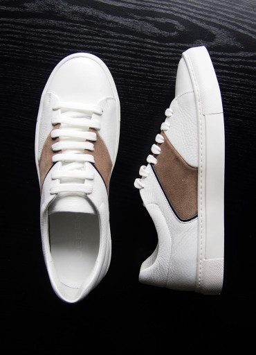 Tennis style sneakers